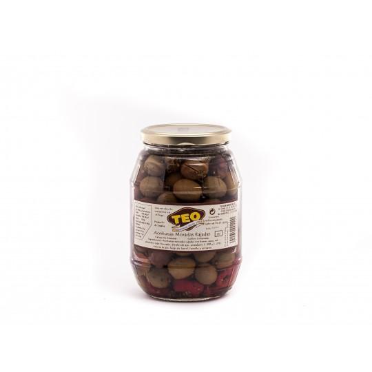 Aceitunas aliñadas moradas rajadas